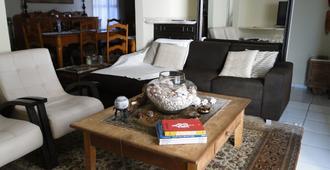 Hostel Gaivotas - Natal - Olohuone