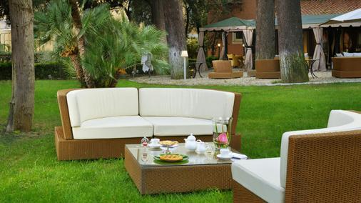 Hotel Principe Torlonia - Ρώμη - Βεράντα