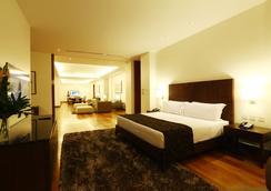 City Garden Grand Hotel - Makati - Makuuhuone