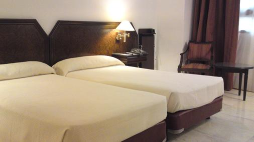 Hotel Turia - Валенсия - Спальня