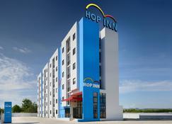 Hop Inn Chonburi - Chonburi - Building