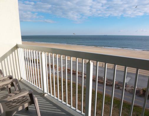 The Oceanfront Inn - Virginia Beach - Virginia Beach - Parveke