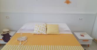 Residenza Burmaria - Tropea - Habitación
