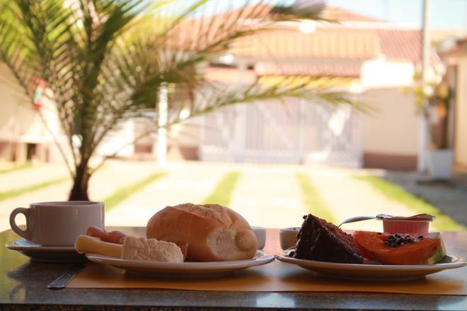 波多索爾布其奧斯旅館 - Buzios (布基亞斯濱海碼頭) - Buzios/布基亞斯 - 飲食