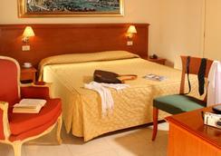 德勒維多利酒店 - 羅馬 - 羅馬 - 臥室