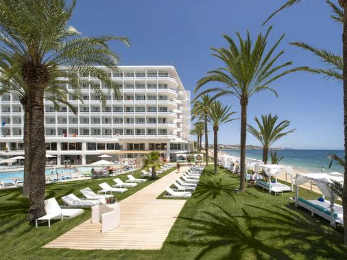 Hotel Playasol The New Algarb - Ibiza - Outdoors view