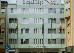 Hotel Bezana Lago - Santander - Κτίριο