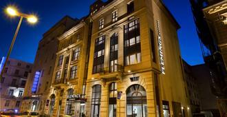 Flemings Express Frankfurt - Frankfurt am Main - Gebäude