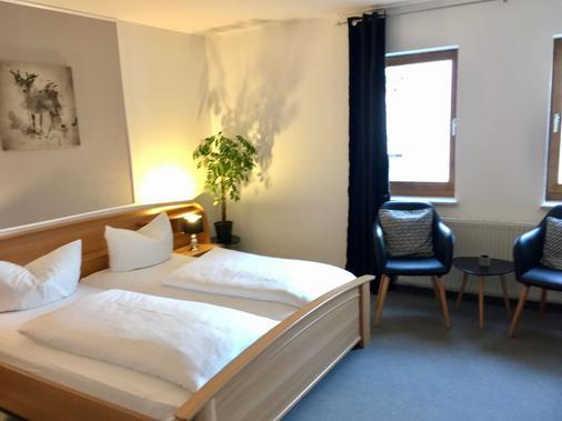 Hotel zum Rebstock - Naumburg (Saxony-Anhalt) - Bedroom