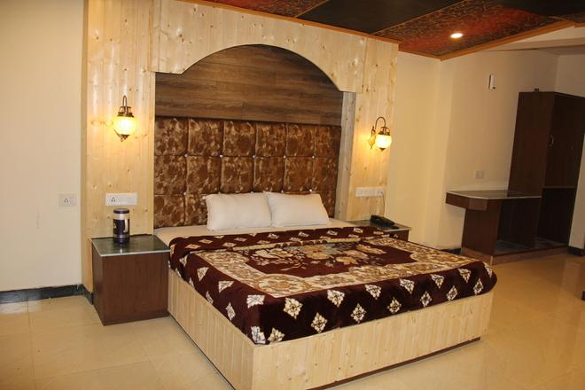 Hotel Lords Garden Glory - Shimla - Bedroom
