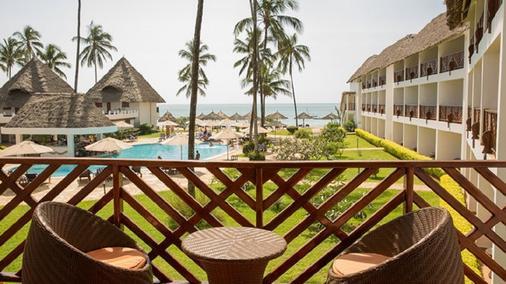 DoubleTree Resort by Hilton Zanzibar - Nungwi - Νούνγκουι - Μπαλκόνι