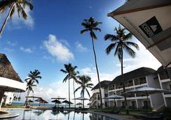 DoubleTree Resort by Hilton Zanzibar - Nungwi - Νούνγκουι - Πισίνα