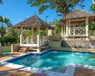 Hedonism II Resort - Negril - Zwembad