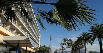 Radisson Blu Hotel, Nice - Niza - Edificio