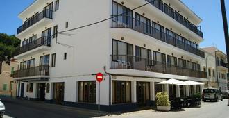 Hostal Alfonso - Cala Ratjada - Edifício
