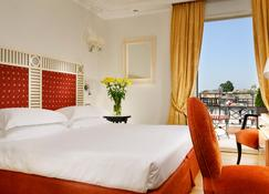 Fh55 Grand Hotel Palatino - Rome - Bedroom