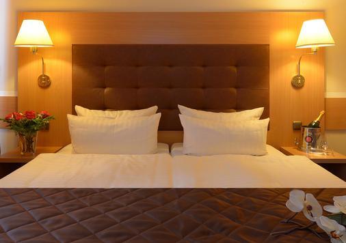 Hotel Sachsentor - Hampuri - Makuuhuone
