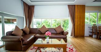 Phi Phi Cliff Beach Resort - Ko Phi Phi - Living room