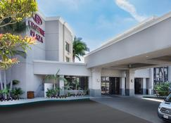 Crowne Plaza Costa Mesa Orange County - Costa Mesa - Building