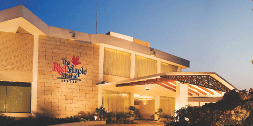 The Red Maple Mashal ₹ 5,243 (₹̶ ̶5̶,̶8̶8̶1̶)  Indore Hotel Deals