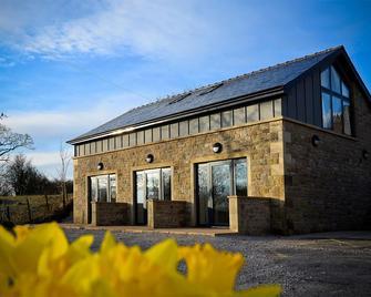 The 3 Millstones Inn - Clitheroe - Building