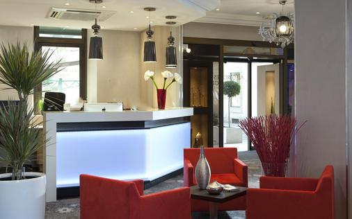 Allobroges Park Hotel - Annecy - Receptionist