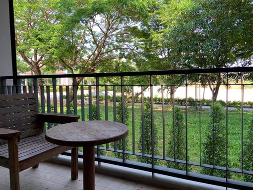 The Cavalli Casa Resort - Ayutthaya - Parveke