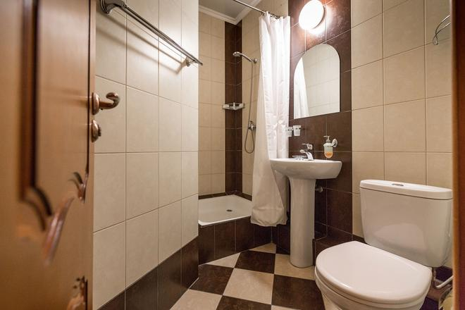 Hotel Lomonosov - Moscow (Matxcơva) - Phòng tắm