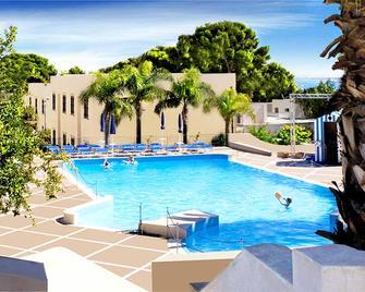Villaggio Cala Mancina - San Vito Lo Capo - Pool