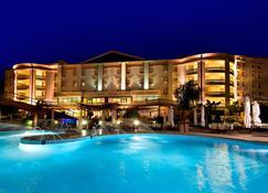 Gran Paradiso Hotel Spa - San Giovanni Rotondo - Πισίνα
