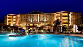 Gran Paradiso Hotel Spa - San Giovanni Rotondo - Pileta