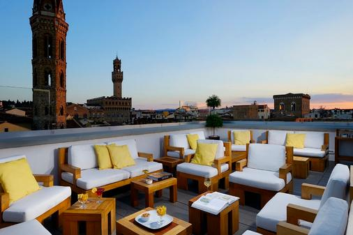Grand Hotel Cavour - Florence - Balcony