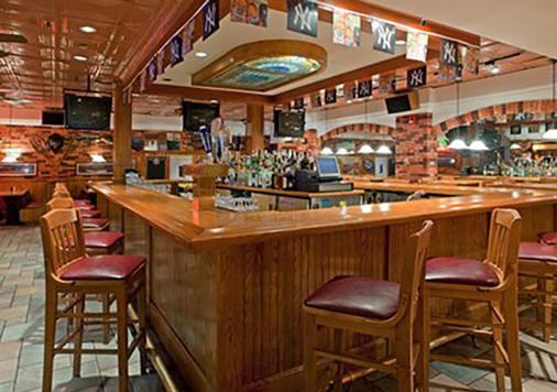 Clarion Hotel & Conference Center - Ronkonkoma - Bar