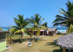 La Gondola Hosteria - Montañita (Guayas) - Balcón