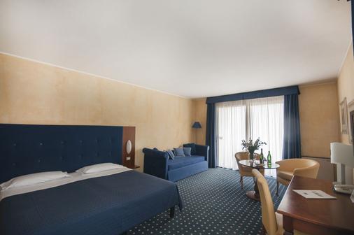 Hotel Villa Maria - Desenzano del Garda - Phòng ngủ