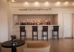 巴賈酒店 - 阿爾扎凱納 - 酒吧