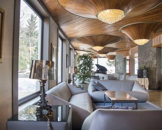 Linta Hotel Wellness & Spa - Asiago - Salónek