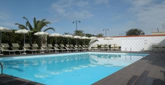 Grand Hotel - Forte dei Marmi - Bể bơi
