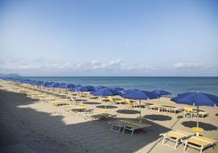 Park Hotel I Lecci - San Vincenzo - Beach