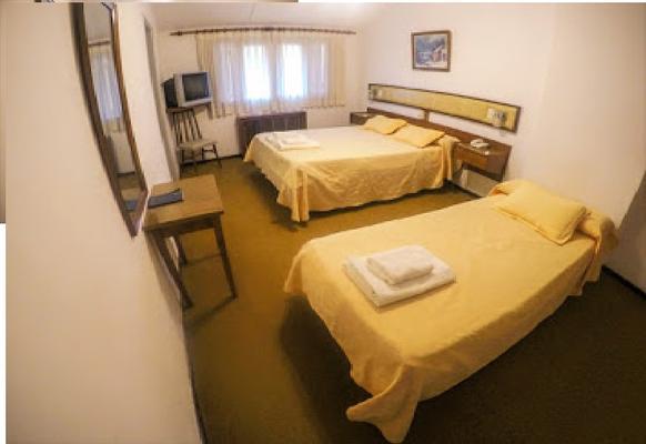 Hotel Antiguo Camino - Villa General Belgrano - Bedroom