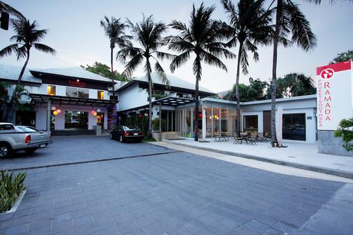 布吉南海華美達酒店 - 卡隆 - 普吉 - 建築