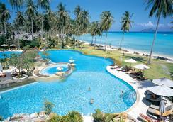 皮皮島鄉村海灘度假酒店 - 皮皮島 - 游泳池