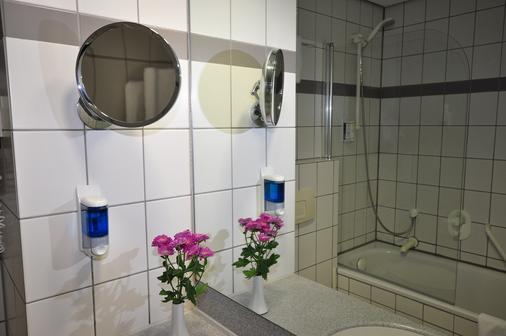 Achat Comfort Airport & Messe Stuttgart - Stuttgart - Phòng tắm