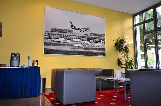 Achat Comfort Airport & Messe Stuttgart - Stuttgart - Lobby