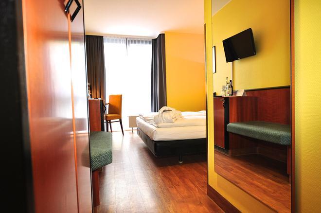 Achat Comfort Airport & Messe Stuttgart - Stuttgart - Bedroom