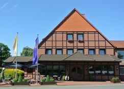Romantik Hotel Schmiedegasthaus Gehrke - Bad Nenndorf - Building