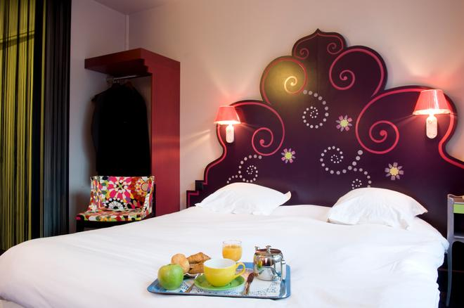 Splendid Hôtel Grenoble Centre Gare - Grenoble - Bedroom