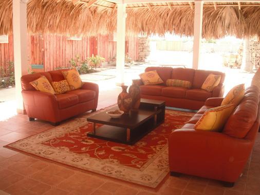 El Cayito Beach Resort - San Fernando de Monte Cristi - Wohnzimmer