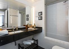 Urban Districs Apartments Rambla Suite & Pool - Barcelona - Bad