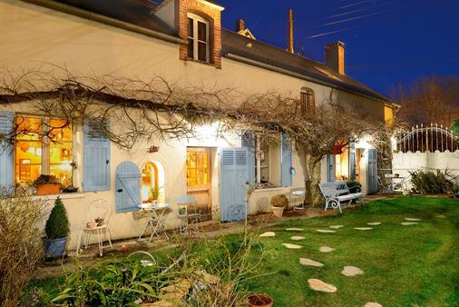 A l'Ombre Bleue - La Boissière-École - Building
